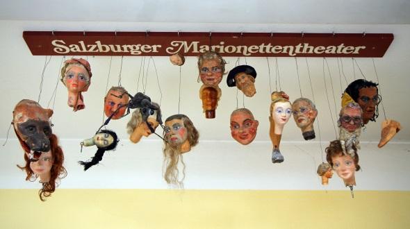Spannung verspricht auch der Blick in die Werkstatt des Marionettentheaters. (Foto Karsten-Thilo Raab)