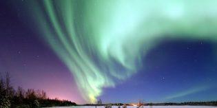 Polarlichter über Anchorage: Tanzende Schleier, entzückte Zuschauer