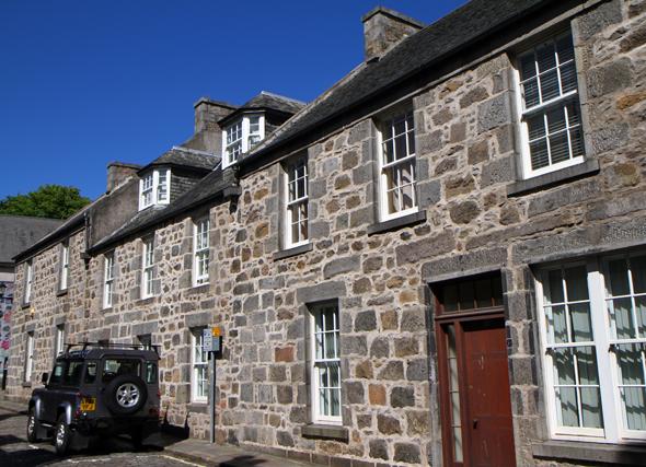 In Old Aberdeen befinden sich nicht wenige überaus ansehenliche Wohnhäuser. (Foto Karsten-Thilo Raab)