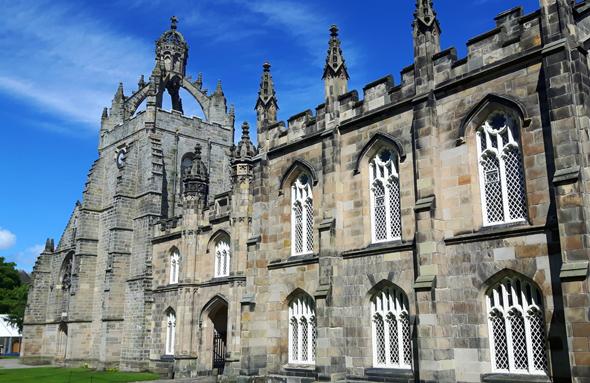 Prachtbau im schottischen Aberdeen: das alt-ehrwürdige King's College. (Foto Karsten-Thilo Raab)