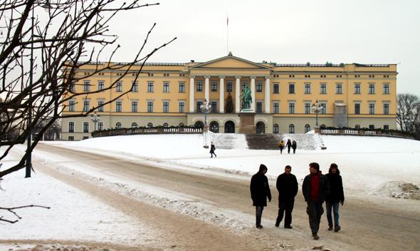 Auch das königliche Schloss liegt direkt im Herzen von Norwegens Haupstadt. (Foto Karsten.-Thilo Raab)
