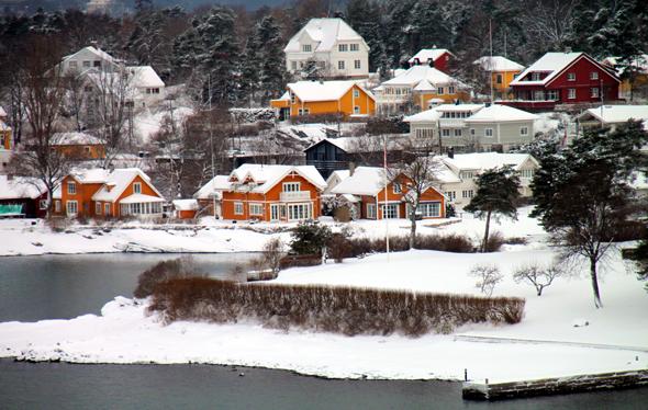 Auf der Rückfahrt nach Kiel präsentiert sich der Oslo-Fjord noch einmal von der schönsten Seite. (Foto Karsten-Thilo Raab)