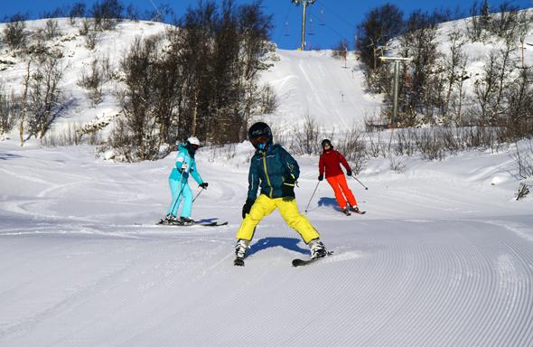 Drei Skifahrer auf einmal - in Skarslia fast ein Bild mit Seltenheitswert. (Foto Karsten-Thilo Raab)