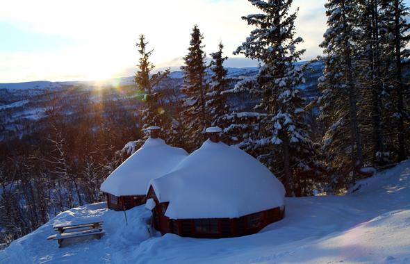 Die Skitage in Skarslia sind relativ kurz, da schon am frühen Nachmittag die Dunkelheit einbricht. (Foto Karsten-Thilo Raab)