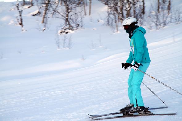 Die Pisten in dem kleinen Skigebiet im Hallingdal werden von Birkenwäldern gesäumt. (Foto Karsten-Thilo Raab)