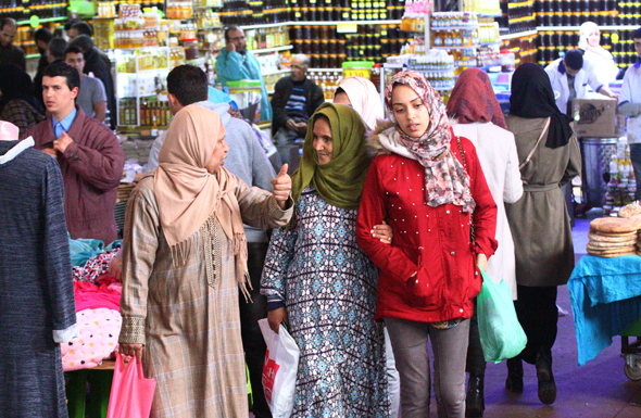 Für die Marrokaner ist der Souk mehr als nur ein Einkaufsareal. (Foto Karsten-Thilo Raab)