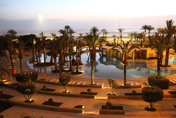 Pool und Strand am Royal Atlas Hotel in Agadir. (Foto Karsten-Thilo Raab)