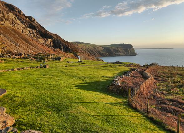 Blick auf die Küste der Llyn-Halbinsel und die Irische See. (Foto Karsten-Thilo Raab)