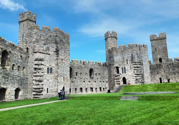 Das beeindruckende Caernarfon Castle steht als Weltkulturerbe unter dem Schutz der UNESCO. (Foto Karsten-Thilo Raab)