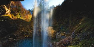 Schweizer Wasserfälle, die für Erfrischung sorgen