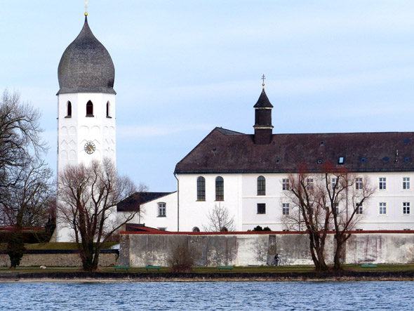 Die Fraueninsel im Chiemsee gehört zu den charmantesten Flecken in Bayern. (Foto Katharina Büttel)