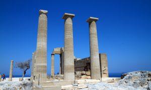 Lindos – zwischen Akropolis und Partykühlschrank