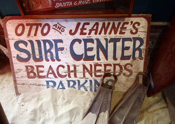 Das kleine Surfing Museum widmet sich dem Wellenreiter in Kalifornien seit den Anfängen. (Foto Karsten-Thilo Raab)