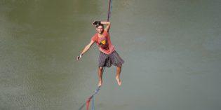Slackline-Weltrekord über den Dächern von Villach