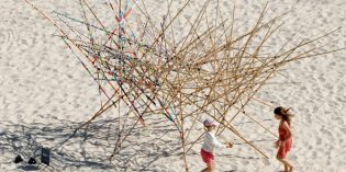 Skulpturen-Festival am Bondi Beach in Sydney