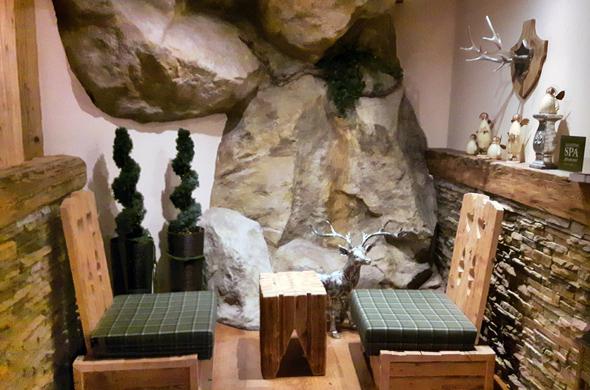 Gemütlichkeit ird auch im großzügigen Sauna- und Wellnessbereich groß geschrieben. - Foto Karsten-Thilo Raab