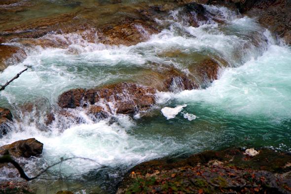 Die Urgewalt des Wassers ist auf Schritt und Tritt zu spüren. - Foto Karsten-Thilo Raab