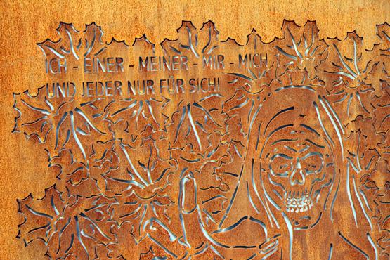 Gedenktafel am Arkadenhof in Kramsach. - Foto Karsten-Thilo Raab
