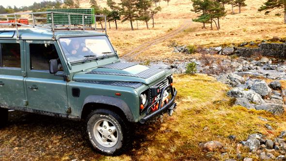 Die Off-Road-Safari führt durch Teile der Cairngorns . - Foto Karsten-Thilo Raab