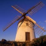 Und sie drehen sich doch: Windmühlen auf den Azoren