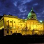 Kunstvoller Frühling im schottischen Glasgow
