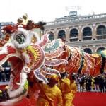 Jahr der Schlange startet spektakulär in Macau