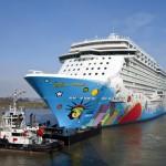 Größtes in Deutschland gebautes Kreuzfahrtschiff startet Emsüberführung