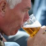 Wal-Mehl macht es möglich: Schlückchenweise mit isländischem Bier zum Wikinger mutieren