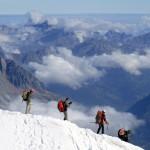 Kiloweise Mülltourismus am Mount Everest