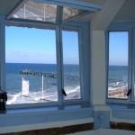 Sonnenbad und Strandpatrouille: Kühlungsborn25 Jahre nach dem Mauerfall