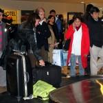 Unterschätzter Gefahrenherd am Flughafen: Kinder am Gepäckband immer fernhalten