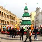 Macau stimmt sich auf das Fest der Feste ein – portugiesische Weihnachtskuchen & Drachentänze