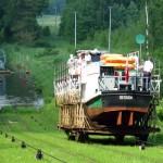 Oberlandkanal – per Schiff über Polens Berge