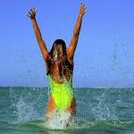 Käufliche Bikini-Intelligenz 2.0 – wenn der Badeanzug vor großer UV-Belastung warnt…