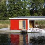 Neu: Schwimmende Sauna im polnischen Masuren