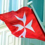 Notizen aus der Welt des Reisens: Touristensteuer auf Malta, E-Visum in Uganda, Kunst auf Iseosee