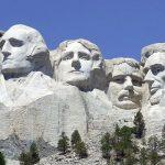 Legenden in Stein –Mount Rushmore wird75
