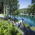 E-Biken in der Bergwelt des schweizerischen Flims