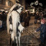 Schaurig-schöne Spektakel im winterlichen Bayern