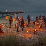 """Farbenfrohes Spektakel:Ende Oktober erstrahlt die Ostseeküste Schleswig-Holstein im """"Lichtermeer"""""""
