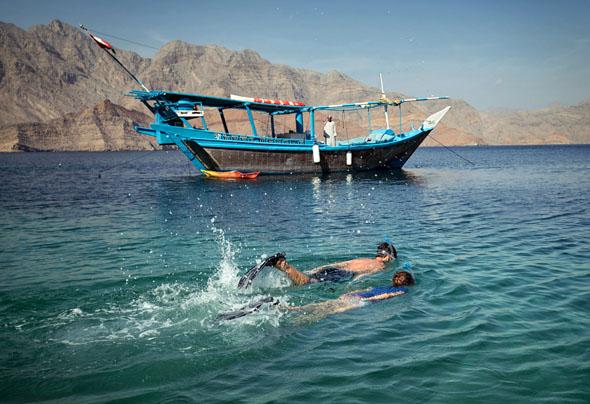 Taucher und Schnorchler finden vor den Küsten des Sultanats Oman ein wahres Paradies unter Wasser vor. (Fotosdjd)