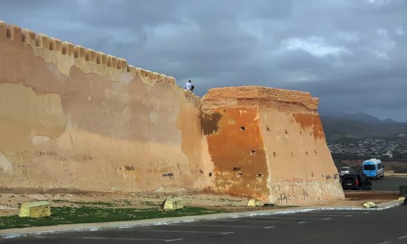 Festungsanlage Kasbah ist einer der wenigen Prachtbauten, die in Agadir das Erdbeben im Jahre 1960 überstanden haben. (Foto Karsten-Thilo Raab)