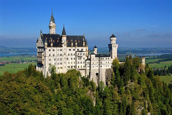Ein Stück Bilderbuch-Bayern: Schloss Neuschwarnstein.