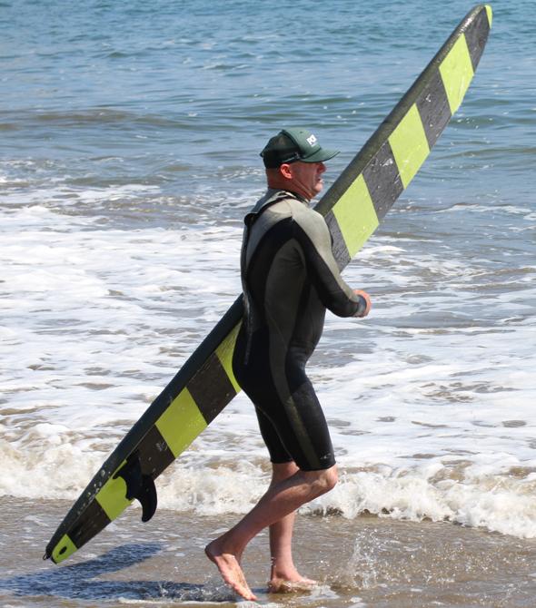 Surfer aller Alters- und Könnerstufen finden in Santa Cruz das perfekte Revier. (Foto Karsten-Thilo Raab)