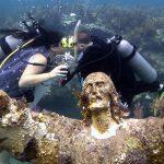 Floridas versteckte Schätze: Abtauchen und Jesus mal eben die Hand schütteln