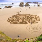 Imposante Strandkunstwerke an Oregons Küste