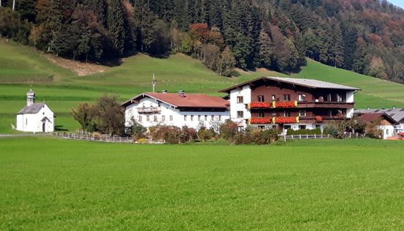 Der Freudheimshof liegt inmitten von Feldern und Wiesen. - Fotos Karsten-Thilo Raab