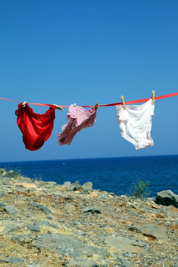 Mit einfachen Hausmitteln lässt sich die Wäsche unterwegs vernünftig reinigen. - Foto Karsten-Thilo Raab