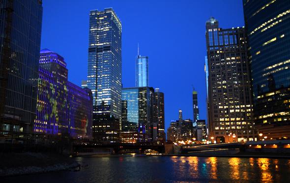 Abendstimmung am Chicago River. - Foto Karsten-Thilo Raab