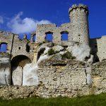 Schlossruine Ogrodzieniec: Zu Besuch beim Hexer